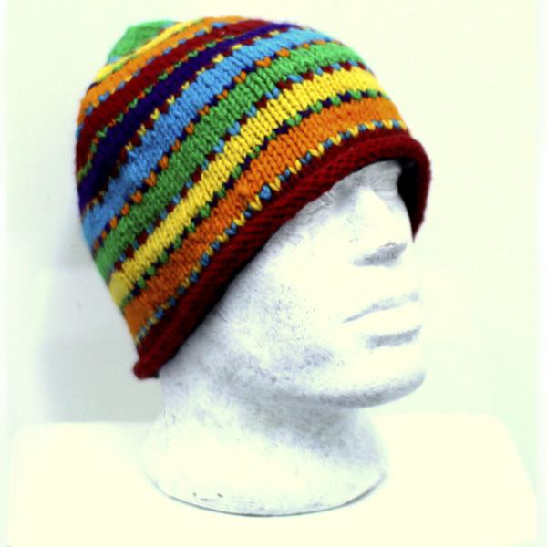шапка круглая с рисунком шерсть
