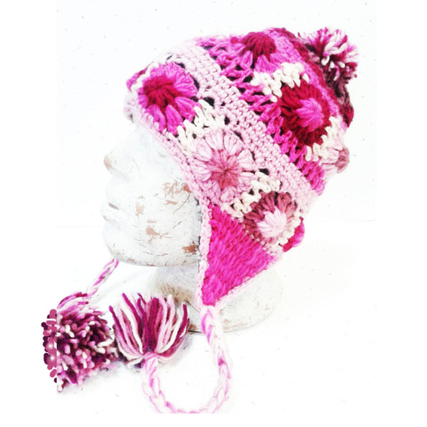 Шапка непалка с цветами шерсть